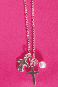 Cadena con cruz y ángel